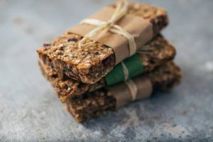 Read more about the article 5 Rules for Figuring out Good Protein Bars